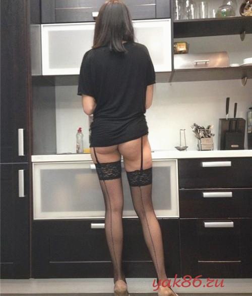 Секс в одежде с путанами в Симеизе.
